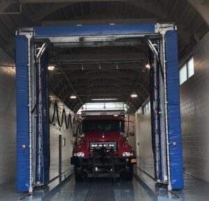 truck going through Westmatic truck wash - Trius Inc
